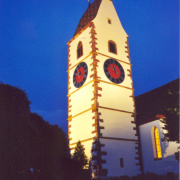 001026 Kirche abends 300 (Christoph Freitag)<div class='url' style='display:none;'>/kg/neunkirch/</div><div class='dom' style='display:none;'>ref-sh.ch/kg/neunkirch/</div><div class='aid' style='display:none;'>3006</div><div class='bid' style='display:none;'>23436</div><div class='usr' style='display:none;'>1399</div>