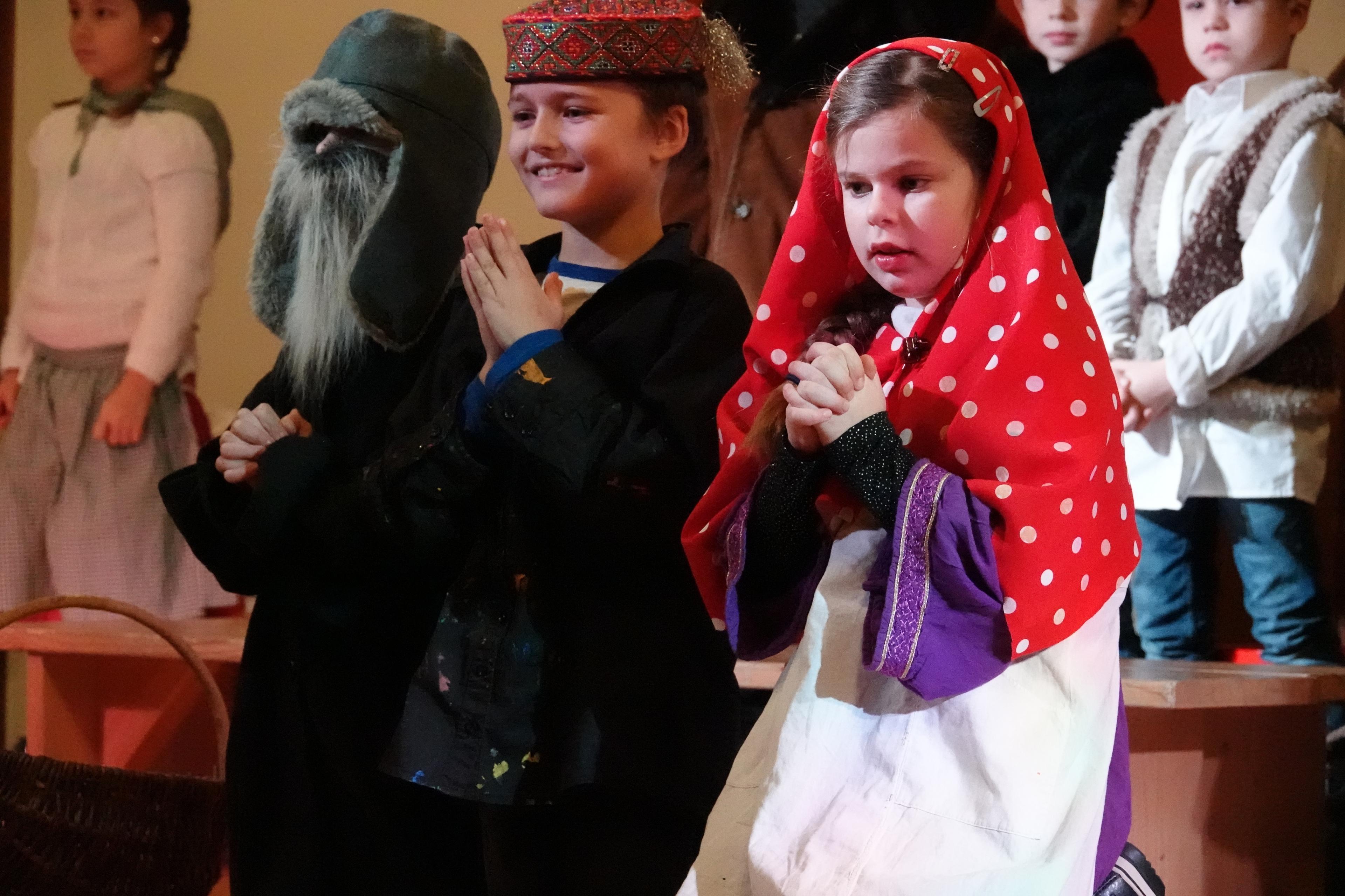 Weihnachtsfeier Geschichte.Weihnachtsfeier Mit Einer Geschichte Aus Russland Evang Ref